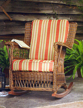 Pioneer Handcraft Traditional Wicker